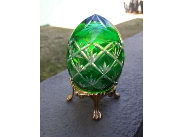 Vintage Czec Emerald Green Cut To Clear Blown Art Glass Egg With Stand