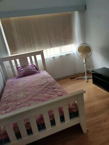 Furnished one bedroom available now in Blackburn north