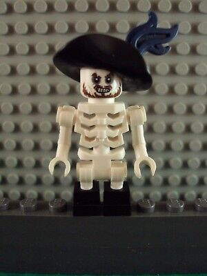 Lego Minifig ~ Pirates of the Caribbean ~ Skeleton Hector Barbossa ~ 4181 - Hector Barbossa
