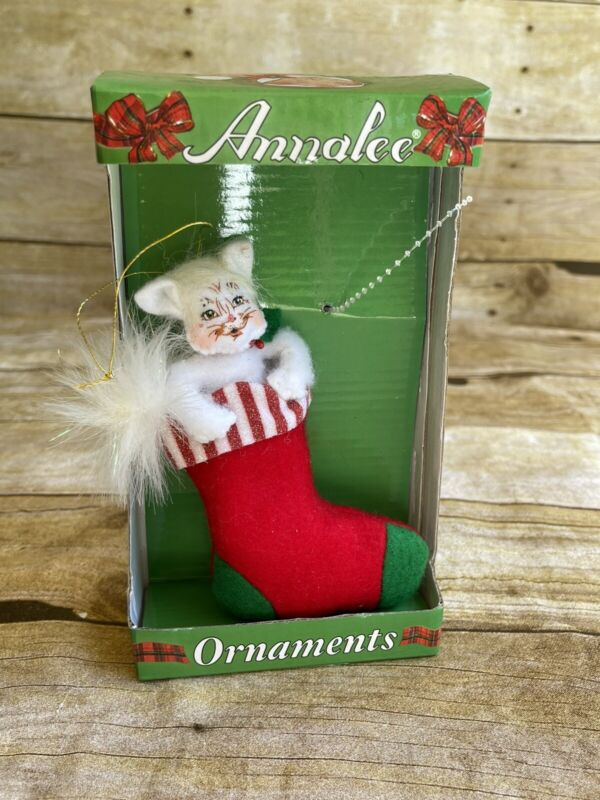 Annalee Christmas Ornament Fuzzy Faced Kitty Cat in Sock Cute Retro New