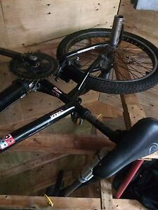 BMX diamond back bike