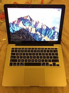 MacBook Pro  15 inch i7 Core 8GB Memory 256 GB SDD