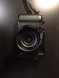 Fujifilm X100S Black Edition LOW SHUTTER COUNT