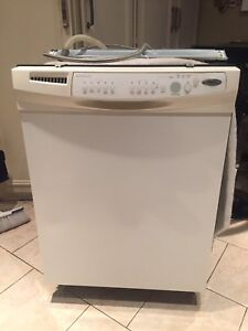 Used Mint Whirlpool Gold Quiet Partner 3 Dishwasher