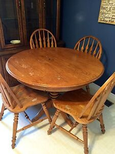Solid Wood Table with 4 Chairs and Extension