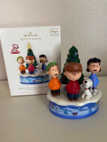 2010 Hallmark Merry Christmas Charlie Brown Magic Peanuts Ornament