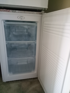Avita bar freezer