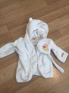 Housecoat and pants set- size 9 months