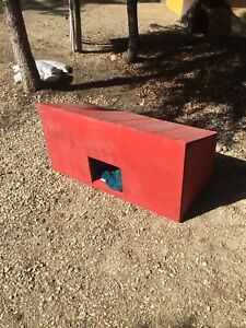 Insulated dog/cat house