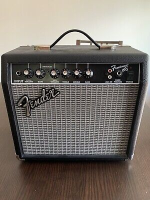Fender Frontman 15G 15 watt Guitar Amp- Barely Used, Mint Condition