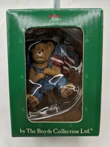 Boyds Bear Holiday Flag Bearer Freedom Ornament 2005 Style 257400