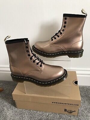 Dr Martens 6.5 40 Vegan 1460 rose gold BNIB Ankle 6 1/2 docs Boots metallic