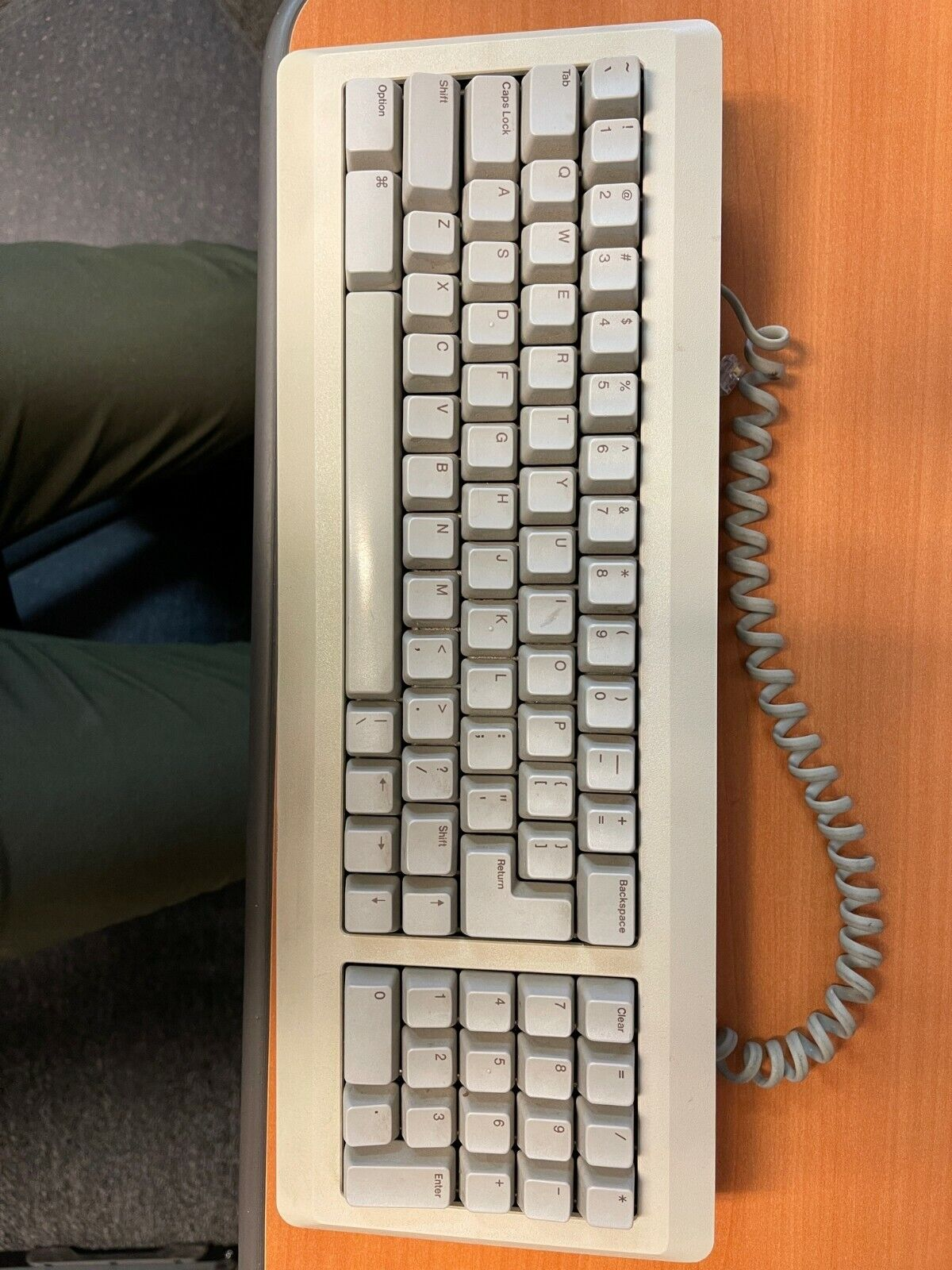 Vintage Apple Computer Inc M0110A Mechanical Keyboard Great Condition  - $120.00