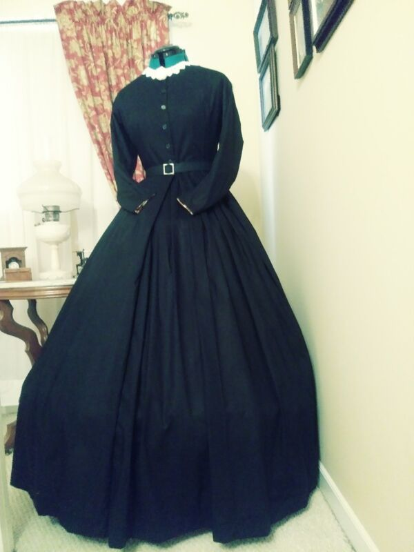 Civil War Reenactment Day Dress Size 26 Black  Mourning