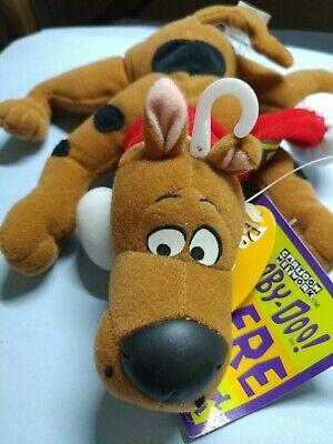 - 1999 Applause SCOOBY DOO Laying  Bean Bag Plush Stuffed Animal NWT free ship