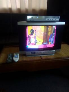 Sanyo 14in TV and Set Top Box