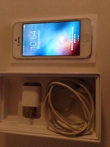 Iphone 5S 16 GB Blanc et Or