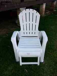 Outdoor plastic sun lounge / deck chair Kingswood Penrith Area Preview