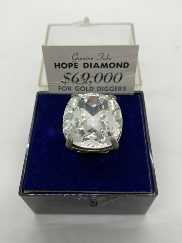 """Novelty Hope Diamond Ring """"Genuine Fake"""" for Gold Diggers! s2"""