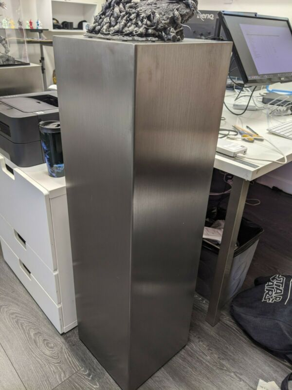 "42"" Metal Podium Display Stand"