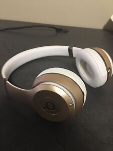 Dr Dre Beats Solo Wireless 3 Headphones