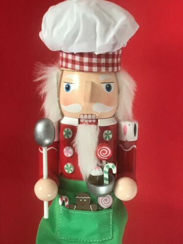 """CHRISTMAS CANDY MAKER NUTCRACKER WITH CANDY - 15"""""""