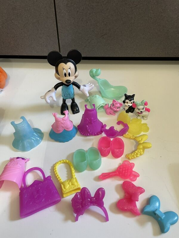 """Disney Minnie Mouse Bow-Tique 5-1/2"""" Doll clip Snap-on Clothes Accessories pets"""
