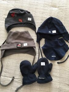 Tuques, caché-cou, mitaines 2-3 ans