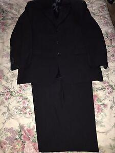 Men's flair dark navy blue suit fine wool Hamlyn Heights Geelong City Preview