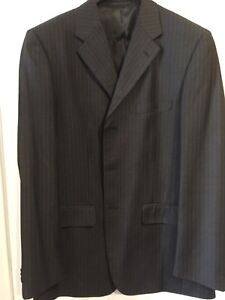 Men's Bellissimo charcoal grey suit like new. Size 42 tall.