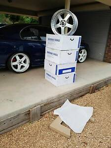 Holden Commodore new 20 inch staggered simmons Waikerie Loxton Waikerie Preview