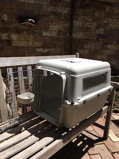 Pet crate 620x470hx450w airline approved free Balmain  *****7053