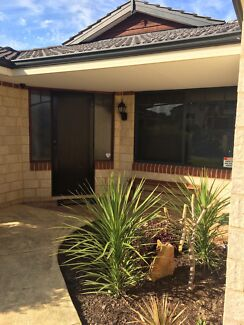 Flat mate required  Clarkson Wanneroo Area Preview