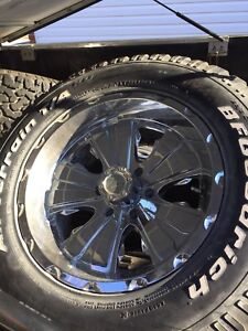 LT 285/65R18 American Racing Rim (Ford)