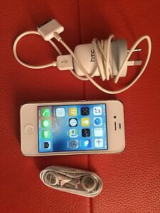 IPhone 4s 16 GB white Inala Brisbane South West Preview