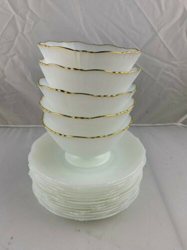 5 Macbeth-Evans American Sweetheart Monax Gold Trim Sherbet Cups and 13 Saucers