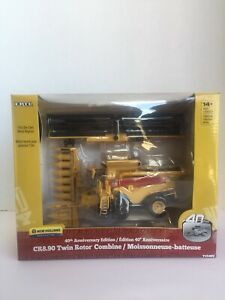 New Holland CR8.90 Toy Combine