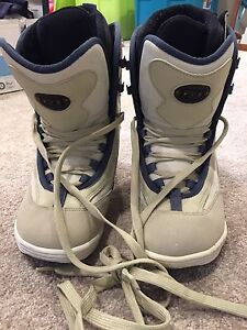 Orion Snowboard boots size 9