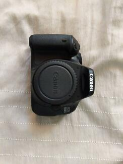 Canon 600D Twin Lens Kit with Tripod