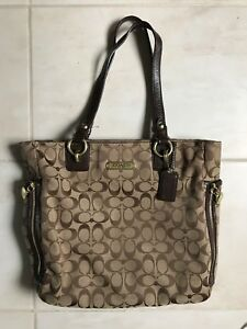 Coach purse- tote bag paid over $300 asking $80 obo