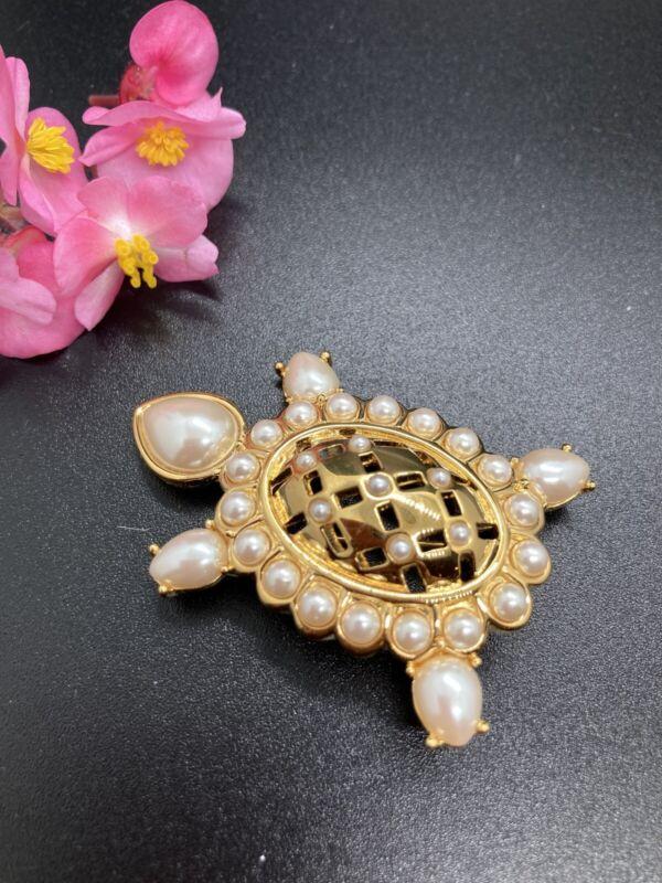 "Beautiful Gold Tone Faux Pearl Turtle 2"" Brooch Pin 2240"