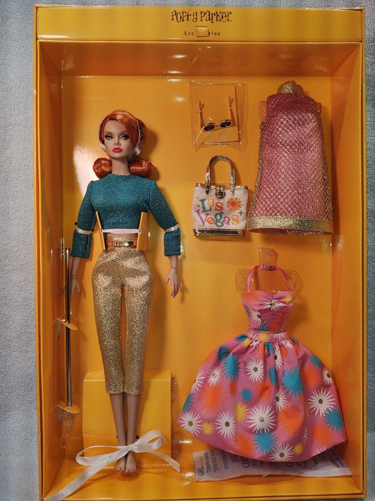 Integrity Toys Fashion Royalty Viva Poppy! Poppy Parker Gift Set IFDC .NRFB