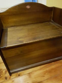 Boori chair box