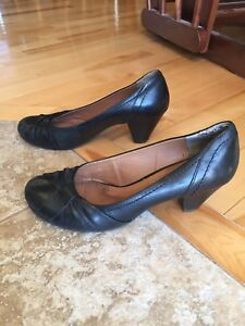 Aldo black shoes for sale