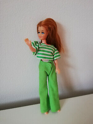 VINTAGE 1970S COLLECTABLE PIPPA DOLL COMPLETE WITH OUTFIT