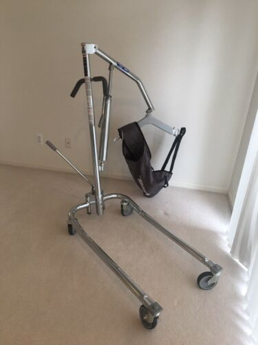 Hoyer_ Invacare 9805 Hydraulic Lift with Sling Set - Open Box