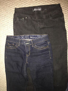 Like New Reitmans Jeans size 0 and 2