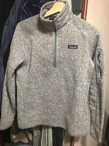 Patagonia sweater size medium