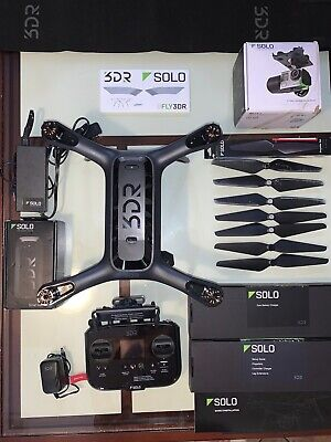 3DR Solo Drone Quadcopter with  Multiple Accessories!!!!