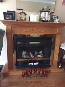 Electric mantel with heat